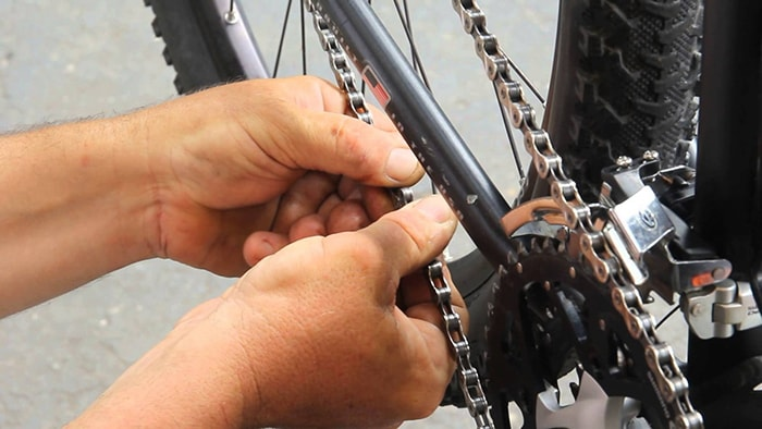 Biết sửa xe cơ bản là lợi thế khi đi phượt xe đạp