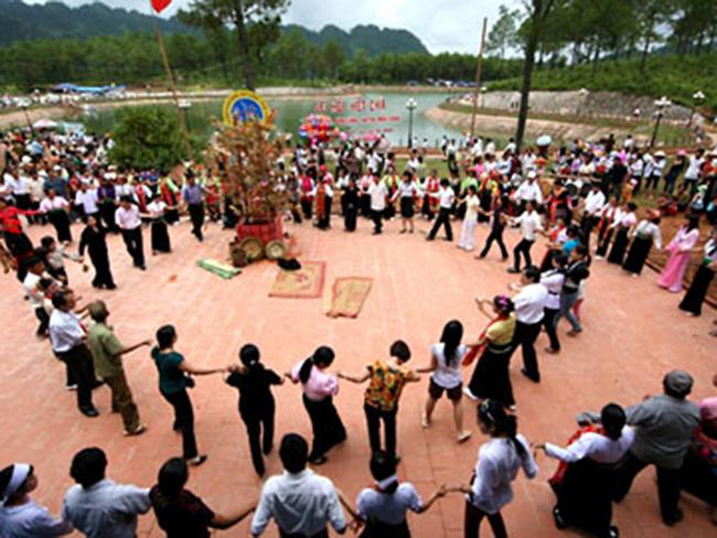 Lễ hội Hết Chá của người Thái