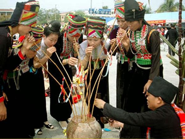 Lễ hội Xen Pang Ả dân tộc Kháng