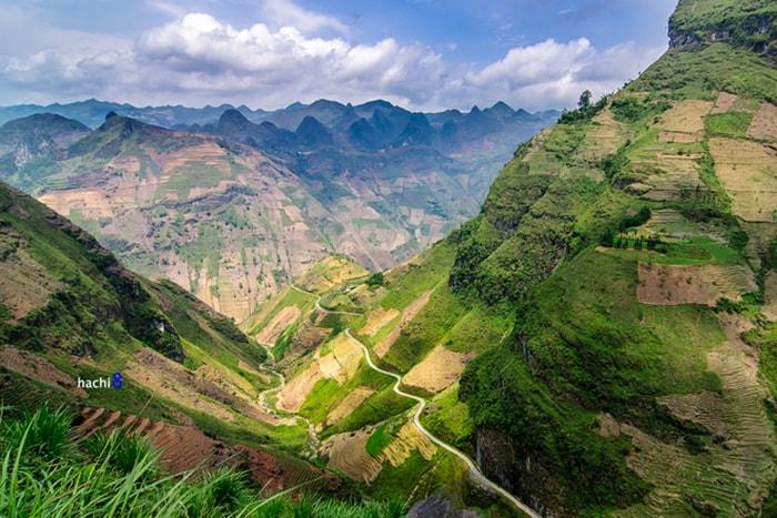 Cung đường đèo Mã Pì Lèng huyền thoại ở Hà Giang