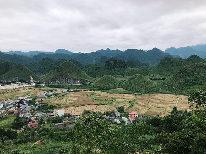Núi đôi Cô tiên ở Quản Bạ, Hà Giang