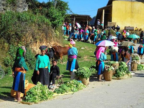 Chợ Phó Bảng họp vào ngày Ngọ và ngày Tý