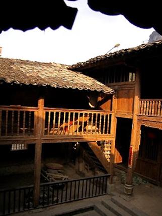 Kiến trúc đặc trưng của khu phố cổ