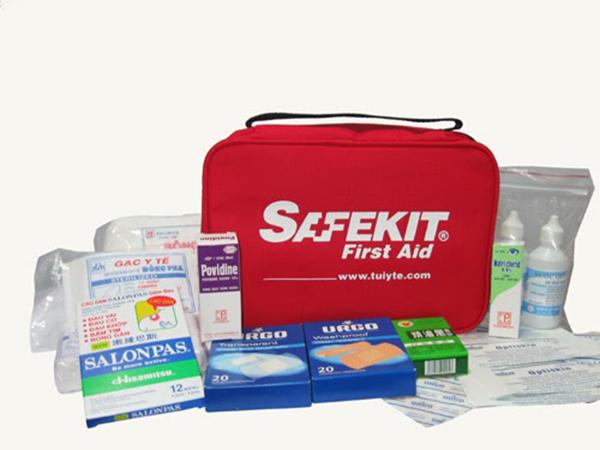 Túi y tế - đồ dùng cần thiết cho mỗi chuyến đi