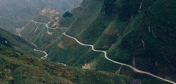 Khám phá 17 cung đường đèo hiểm trở, ngoạn mục nhất Việt Nam