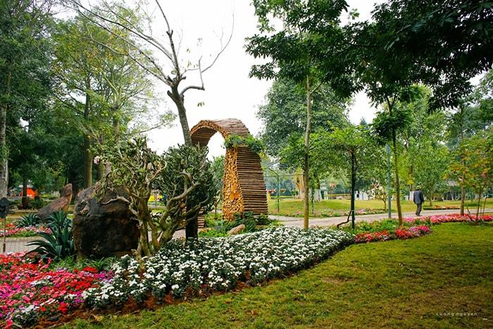 Phượt dã ngoại về khu Ecopark, Hà Nội