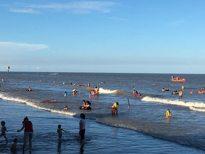 Bãi biển Cồn Vành ở Thái Bình
