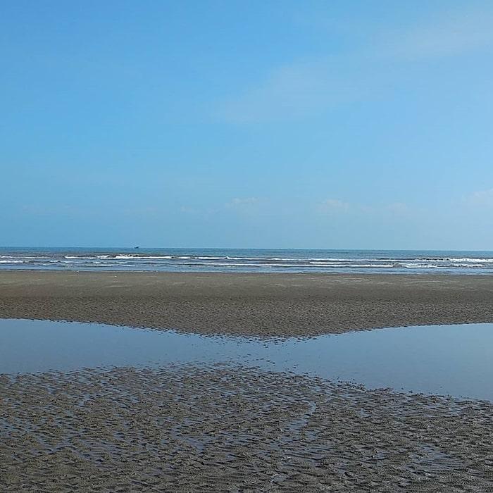 Bãi biển Cồn Vành