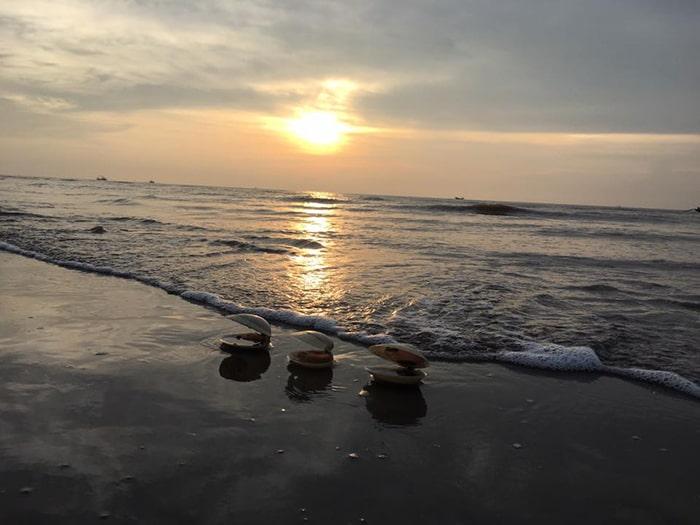 Biển Cồn Vành lúc hoàng hôn