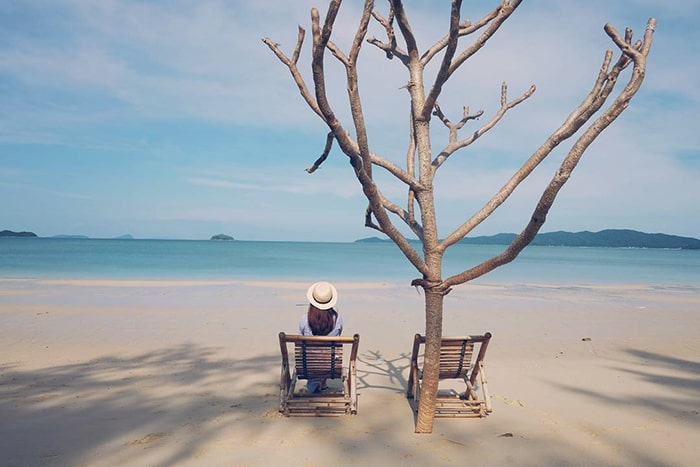 Bãi Hồng Vàn trên đảo Cô Tô