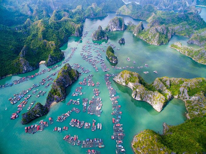 Đảo Cát Bà nhìn từ trên cao