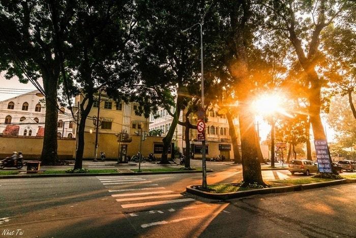 Sáng sớm ở Sài Gòn