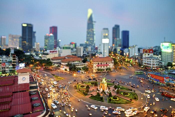 Toàn cảnh thành phố Hồ Chí Minh sôi động