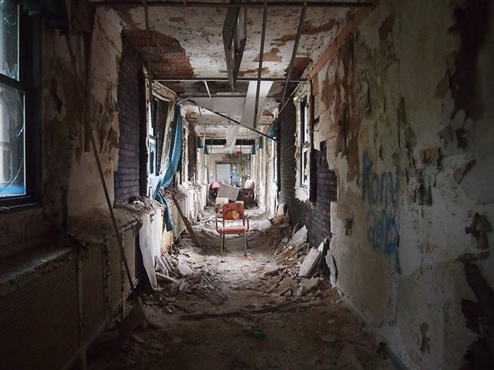 Bệnh viện tâm thần bỏ hoang ở Parma, Italia