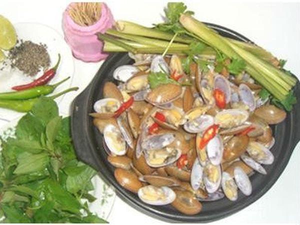 Chíp Chíp hấp xả là món ăn đặc trưng nhất ở Đà Nẵng
