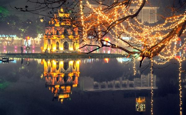 Những điểm đến lý tưởng nhất để đi chơi Noel ở Hà Nội