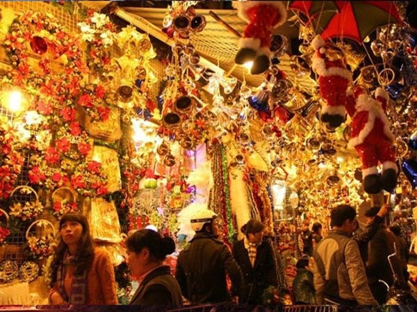 Những điểm đến lý tưởng nhất để đi chơi Noel ở Hà Nội 1