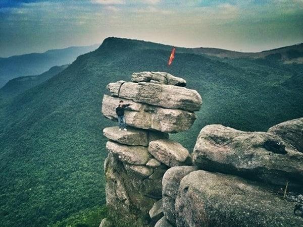 Chia sẻ kinh nghiệm phượt Núi đá chồng Quảng Ninh