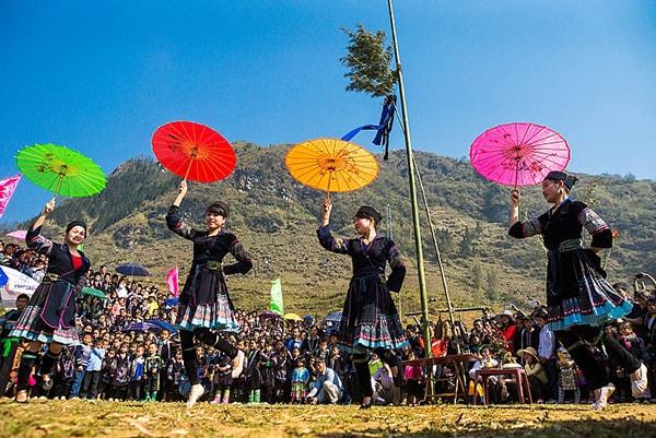 Lễ hội Gầu Tào của người Mông ở Sa Pa