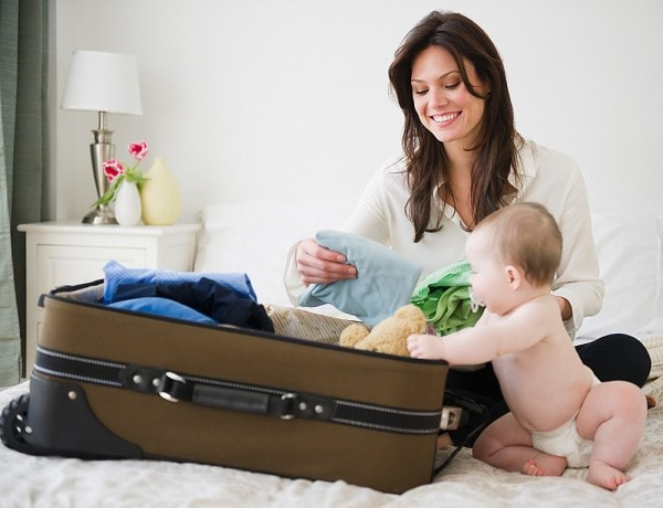 Những đồ vật nên mang khi đi du lịch cùng trẻ nhỏ dưới 2 tuổi