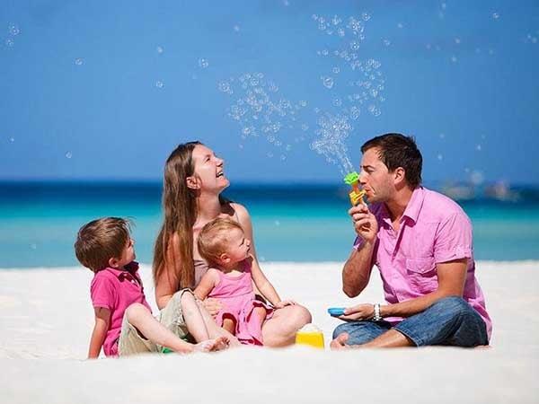 Kinh nghiệm đi du lịch cho gia đình có con nhỏ dưới 2 tuổi