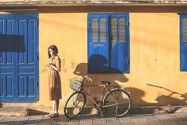 Phần lớn cảnh quay được thực hiện ở một ngôi nhà mang đậm phong cách kiến trúc Việt cổ