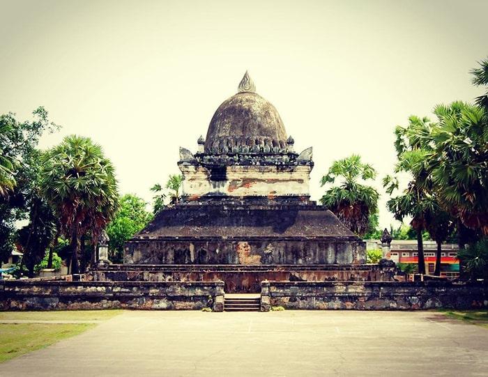 Đền Wat Wisunarat là 1 trong những ngôi chùa cổ nhất ở Luang Prabang