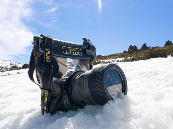 Cách bảo quản máy ảnh khi đi du lịch xứ lạnh