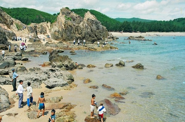Bãi tắm Đá Nhảy - Quảng Bình