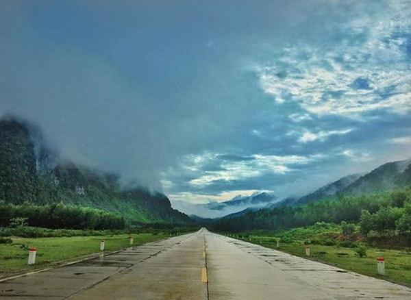 Địa danh hội tụ nhiều dãy núi trùng điệp, mây phủ bốn mùa