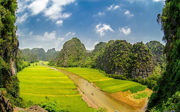Quần thể danh thắng Tràng An - Ninh Bình
