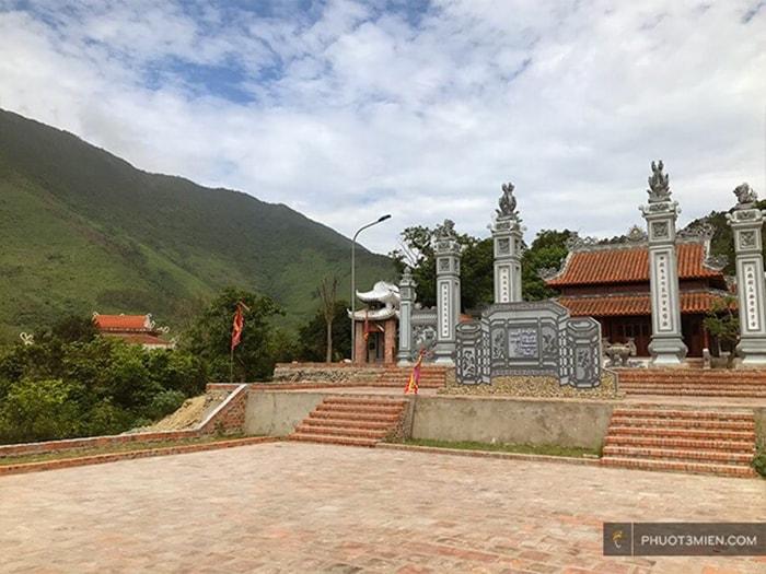 Đền thờ Đức Mẫu Liễu Hạnh