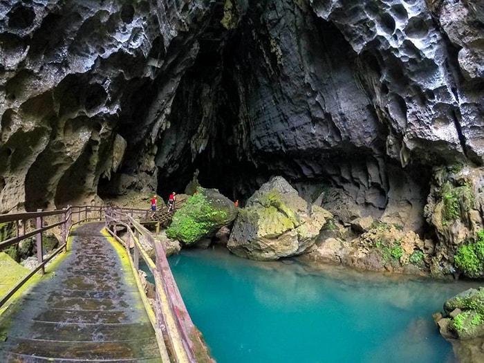 Cửa vào hang Tối, Quảng Bình