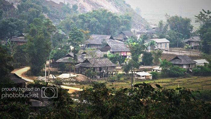 Bản Lóng Luông - MỘc Châu