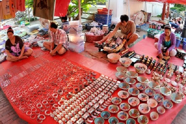 Một góc chợ Lào - Mộc Châu