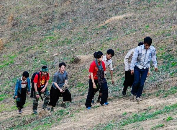 Đường lên đỉnh núi Pha Luông