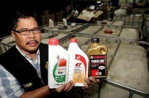 Cách phân biệt dầu nhớt chính hãng 3