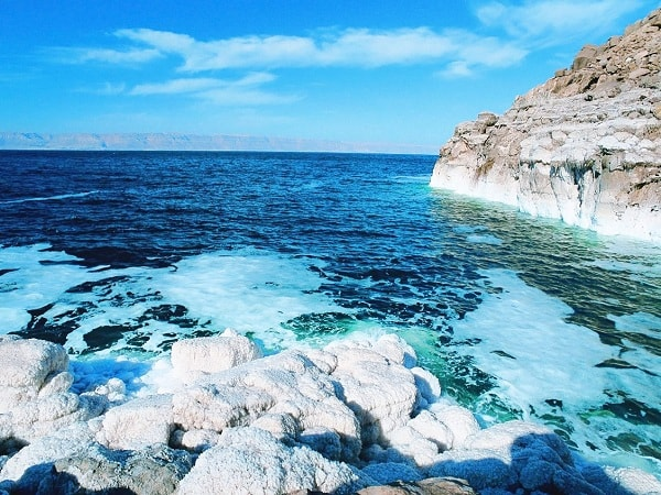 Biển Chết- hồ chứa nước có độ mặn cao nhất thế giởi ở Israel