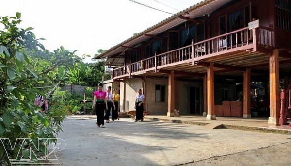 Nhà sàn của người Thái ở Bản Hốc