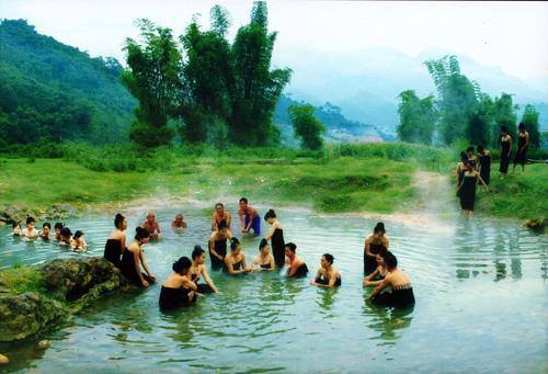 Tắm tiên - một hình thức văn hóa của người dân tộc Thái