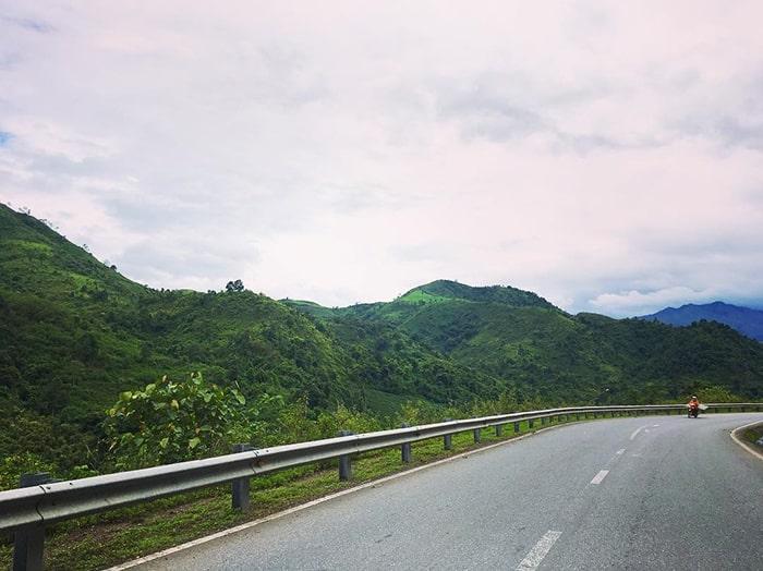 Cung đường đèo Pha Đin