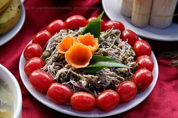 Đặc sản nộm hoa ban Điện Biên