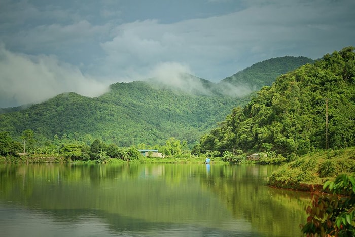 Suối nước nóng UVA Điện Biên