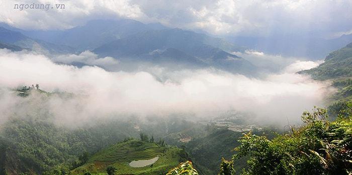 Lên Lũng Vân ngắm biển mây