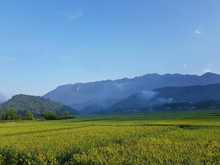 Khung cảnh yên bình ở thung lũng Mai Châu