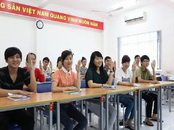 10 địa chỉ luyện thi vào lớp 10 môn Ngữ Văn uy tín ở Hà Nội