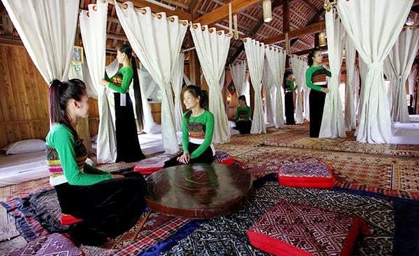 Các homestay nhà sàn đều giữ nguyên lối kiến trúc của người Thái cổ