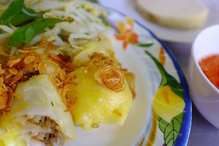 Bánh cuốn trứng đặc sản Hà Giang