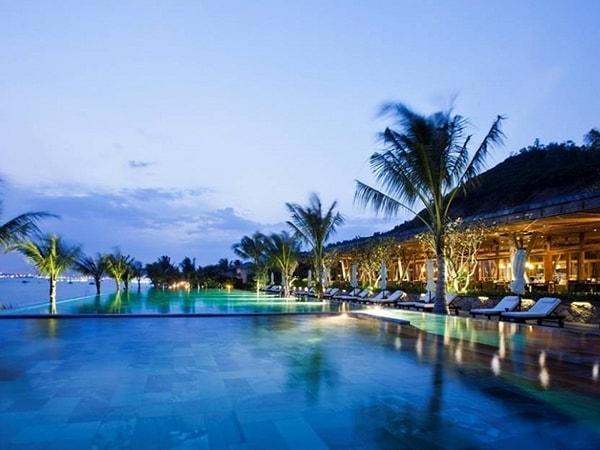 Top 10 khu nghỉ dưỡng đẹp như thiên đường ở Nha Trang