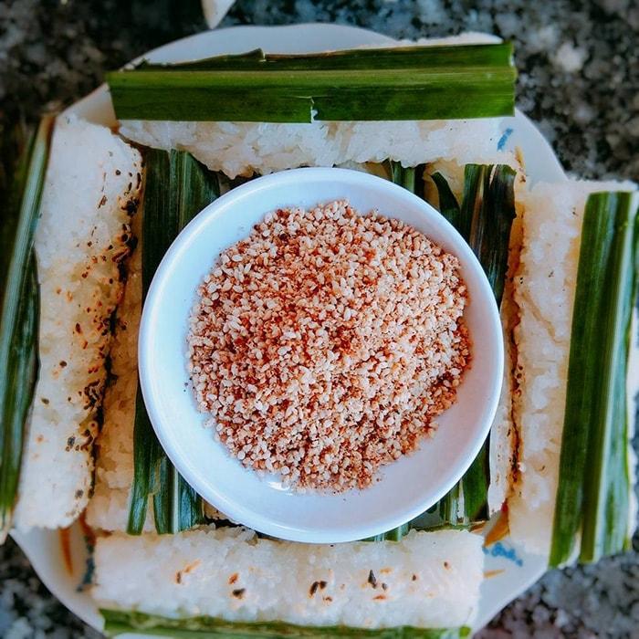 Đặc sản cơm lam Bắc Mê nổi tiếng